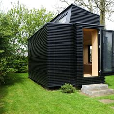 Det nye barn i kolonien Micro House, Tiny House, Dog Kennel Outside, Backyard Cabin, Container Shop, Camping Glamping, Outdoor Living, Outdoor Decor, House Doctor
