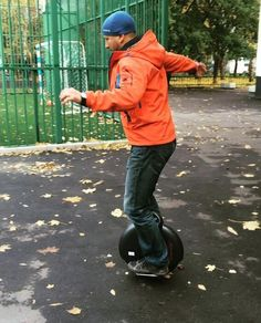 We always believe that after the slow practice, always get the best return. Every kind of learning is like this. Even if learning Airwheel X8 single wheel scooter.