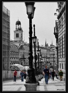 Madrid: Puerta del sol-Madrid Guarda le Offerte.