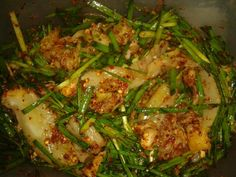 Kimchi kubis, daun kucai