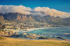 South Africa - Western Cape - Camps Bay Cape Town - 20 best beaches in South Africa Beautiful Places To Visit, Oh The Places You'll Go, Beautiful Beaches, Places To Travel, Camps Bay Cape Town, Travel Outfit Summer Airport, Cosmos, Travel Couple Quotes, Cape Town South Africa