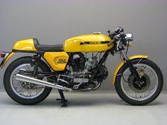 Ducati 1974 750 s Inazuma Cafe Racer, Ducati Cafe Racer, Cafe Racer Helmet, Cafe Racer Girl, Cafe Racer Bikes, Cafe Racer Motorcycle, Cafe Racers, Motorcycle Helmets, Ducati 750