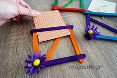 χειροποίητες κορνίζες με ξυλάκια Popsicle Stick Crafts, Popsicle Sticks, Craft Stick Crafts, Diy Crafts For Kids, Decor Crafts, Arts And Crafts, Flower Step By Step, Handmade Crafts, Summer Fun