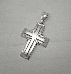b2cdc6d3b8e6 Mens silver crosssilver cross necklacemens cross Anillos