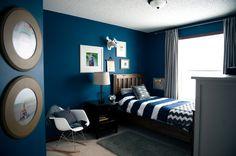 www.weelittlewonders.com teal, navy, white, gold boys room DIY kentwood ana white bed cardboard moosehead