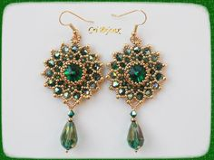 orecchini rosoni swarovski smeraldo