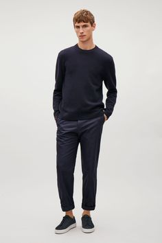 COS Knitted sweatshirt in Navy Summer Outfits, Casual Outfits, Men Casual, Cos Man, Gentleman Style, Men Looks, Mens Sweatshirts, Denim Shirt, Minimalist Fashion
