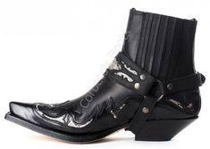 4661 Cuervo Florentic Negro-Sprinter Negro | Botín cowboy Sendra para hombre hecho en cuero negro y detalles en piel de serpiente con arnés a juego a la venta en Corbeto's Boots. Mens Heeled Boots, Ankle Cowboy Boots, Western Boots, Sock Shoes, Shoe Boots, Mens Shoes Boots, Mens Boots Fashion, Fashion Shoes, Dress With Boots