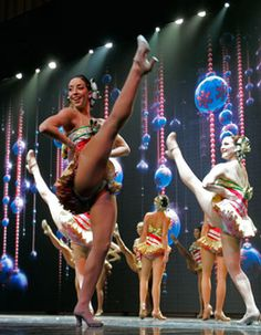 """Rockettes tappin' away during the Radio City Christmas Spectacular Days of Christmas"""" number.either that, or they're singing for their breakfast. Tap Dance, Just Dance, Cabaret, Rockettes Christmas, Christmas Spectacular, Ziegfeld Follies, Radio City Music Hall, World Famous, Showgirls"""