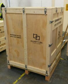 Packing case designed and manufactured by Bampton Packging Ltd for Bloodhound SCC project for housing test wheels.  For more information on the packaging solutions we can offer here at Bamptons please call our sales office on 0115 9868601 or email enquiries@bamtponpackaging.co.uk