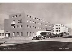Köp & sälj begagnat & second hand online Grand Hotel, Multi Story Building, Photo Wall, Photograph