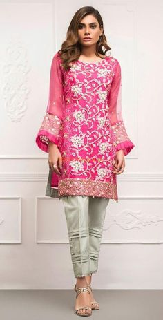 FUCHSIA Luxury Pink Embroidered Chiffon Eid Collection Replica Fabric: Chiffon Embroidered Shirt Front (Pearls Added) Embroidered Shirt Back Embroidered Sleeves (Pearls Added) Chiffon Dupatta (Pearls + Four Sided Lace) Silk Trousers Included Pakistani Fashion Party Wear, Pakistani Wedding Outfits, Pakistani Dress Design, Pakistani Dresses, Fancy Dress Design, Stylish Dress Designs, Elegant Prom Dresses, Stylish Dresses, Formal Dresses