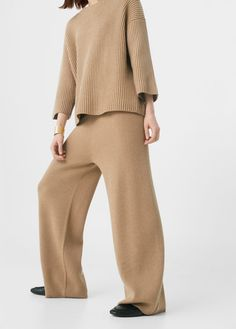 Discover the latest trends in Mango fashion, footwear and accessories. Shop the best outfits for this season at our online store. Outfit Invierno, Palazzo Trousers, Bell Bottom Pants, Bell Bottoms, Knit Pants, Knit Fashion, Wide Leg Pants, Lounge Wear, Knitwear