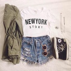 Disneyland or Disneyworld Outfit, mickey mouse shirt with jean shorts, chucks and a green lightweight jacket. Disney World Outfits, Cute Disney Outfits, Disneyland Outfits, Disney Inspired Outfits, Disney Style, Cute Outfits, Disneyland Trip, Disneyland Outfit Summer, Disney Mode