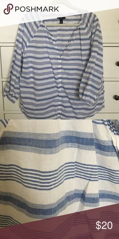 Gap shirt Cool blue striped popover. Excellent condition worn twice. 100% Cotton. Casual. GAP Tops Blouses