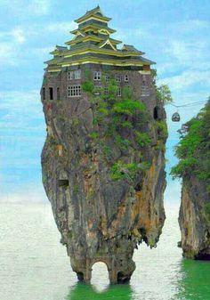 Weirdest houses around the world