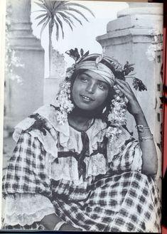 jeune fille des environs d'Alger