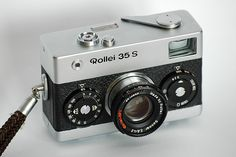 Rollei 35, the smaller professional camera, with a nice design