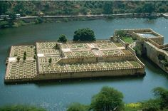 Do you love to soak yourself in water surrounded with lush green natural scenery? Then pack your bags and fly to this beautiful garden lake of Amber in Rajasthan.  For flight deals, airfares and tour packages to Rajasthan, visit:   MELBOURNE ✈JAIPUR : http://www.mayatravels.com.au/melbourne-to-jaipur.html  ✈ RAJASTHAN TOUR PACKAGES:  http://www.mayatravels.com.au/rajasthan-tour.html or ☎ Call us on (03) 9654 9529 now!