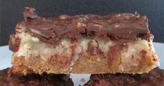 Fantasio Bars With Graham Cracker Crust Cookie Desserts, Cookie Bars, Just Desserts, Cookie Recipes, Delicious Desserts, Dessert Recipes, Yummy Food, Bar Cookies, Brownie Cookies