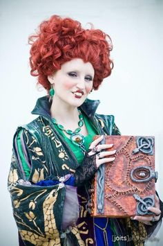 The Cosplay We've All Been Waiting For…HOCUS POCUS!