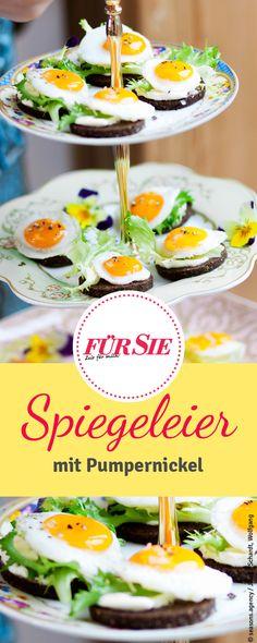Spiegeleier mit Pumpernickel: Unser Rezept ist perfekt für den Osterbrunch!