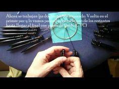 Bolillos. Realización de la Estrella de Ulrike Voelcker (Araña ojo de Ho... Bobbin Lacemaking, Bobbin Lace Patterns, Lace Border, Needle Lace, Lace Making, Tatting, Youtube, Hand Weaving, Projects To Try