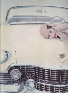 Nancy Berg photographed byErwin Blumenfeld, 1956.