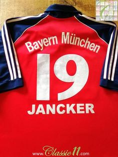 Official Adidas Bayern Munich home football shirt from the 1999/2000 season. Complete with Jancker #19 on the back of the shirt.