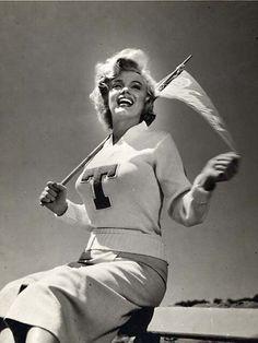 Brigitte Bardot, Joe Dimaggio, Georgia Tech Football, Football Team, College Football, Hilario, Marilyn Monroe Photos, Le Jolie, Norma Jeane