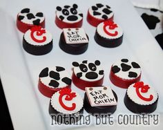 Chick-fil-a Cows Birthday Party Ideas Cow Birthday Parties, 13th Birthday, 1st Birthday Girls, Birthday Party Favors, Birthday Ideas, Eat Mor Chikin, Cow Appreciation Day, First Birthdays, Party Ideas