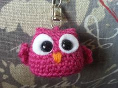 super ideas for crochet amigurumi owl keychain Crochet Keychain Pattern, Crochet Bookmarks, Crochet Amigurumi Free Patterns, Knitting Patterns, Free Knitting, Crochet Gifts, Easy Crochet, Crochet Toys, Free Crochet
