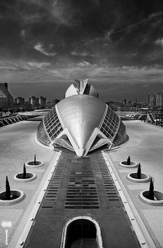 "A B&W shot of the ""Ciutat de les Arts i les Ciències"" in Valencia, Spain made by one of the most renowned architects in the world, Santiago Calatrava. If you want to know more bout my shots, <a href=""http://www.facebook.com/mattei.photography"">Follow me on Facebook!</a>"