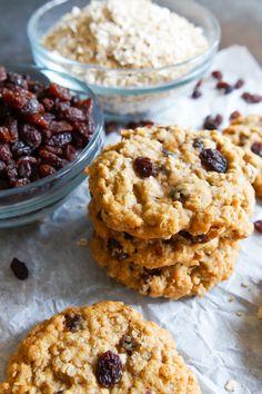 Brown Butter and Vanilla Oatmeal Raisin Cookies