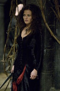 Day 8: Least favorite character| Isabella | Aka Angry-Bunny Lady! I truly despise this woman! She was an evil wretch! She was the reason some of my favorite characters died! I hated her and Robin together. It was gross..:P  She could never replace Marian...:D