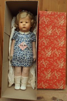 Kathe Kruse - US Zone Doll 1H - Jonathan Green and Company #dollshopsunited