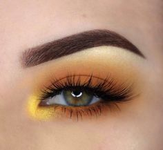 What does your eyebrow shape say about you? For more make-up tips just visit our cute website babes! Eye Makeup Tips, Smokey Eye Makeup, Makeup Inspo, Makeup Inspiration, Beauty Makeup, Brown Eyeliner, Makeup Eyes, Gel Eyeliner, Smoky Eye