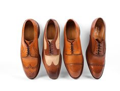 Expertly crafted from burnished calfskin leather and finished with subtle perforated detailing, the Ralph Lauren shoe collection adds a classy touch to your wardrobe