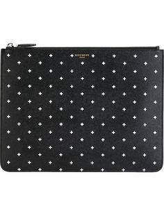 Compre Givenchy Clutch de couro em Gisa from the world's best independent boutiques at farfetch.com. Shop 300 boutiques at one address.