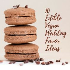 10 Edible Vegan Wedding Favor Ideas - The Kind Bride Inexpensive Wedding Centerpieces, Simple Centerpieces, Edible Favors, Edible Wedding Favors, Daytime Wedding, Classy Wedding Invitations, Low Budget Wedding, Food Cost, Wedding Expenses