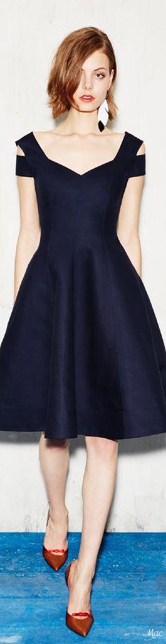 Fun Short Black Dress with a Heart Shaped Neckline by Paule Ka Resort 2017 Fashion Show Collection Pretty Dresses, Women's Dresses, Beautiful Dresses, Dress Outfits, Evening Dresses, Short Dresses, Fashion Dresses, Dress Up, Tent Dress