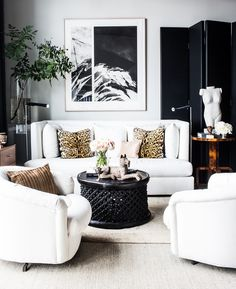 How+to+Craft+a+Black+and+White+Space+That's+Anything+But+Boring+via+@domainehome