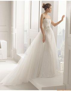 2015 Besondere Außergewöhnliche Exklusive Brautkleider aus Softnetz mit Applikation
