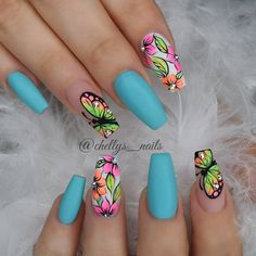 Butterfly nail art designs are loved by women because of its cute, colorful, beautiful patterns and symbolic significance, or simply because the design of butterfly nails has produced attractive effects on nails. Dope Nails, Neon Nails, My Nails, Perfect Nails, Gorgeous Nails, Pretty Nails, Cute Acrylic Nails, Glitter Nail Art, Spring Nails