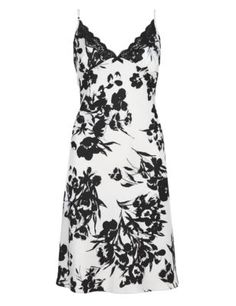 M & S Sleep A Beautiful Night Floral Satin Black & White Chemise Satin, Dame, Black And White, Formal Dresses, Lingerie Sets, Floral, Stuff To Buy, Shopping, Beautiful