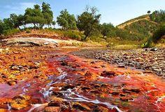 """Rio Tinto: """"Martian"""" River in the World , http://itcolossal.com/rio-tinto/"""