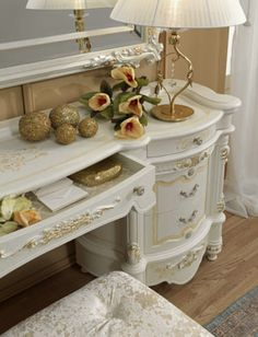Entryway Tables, Furniture, Home Decor, Italia, Decoration Home, Room Decor, Home Furniture, Interior Design, Home Interiors