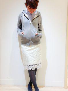 画像 : 春らしく女度をアップさせるならやっぱりレースのスカート!大人かわいいコーディネートまとめ - NAVER まとめ