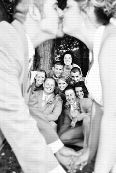 wedding party photo- we just need to squeeze two more into this pic
