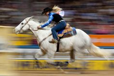 Barrel Racing NFR wow! Look at her go!